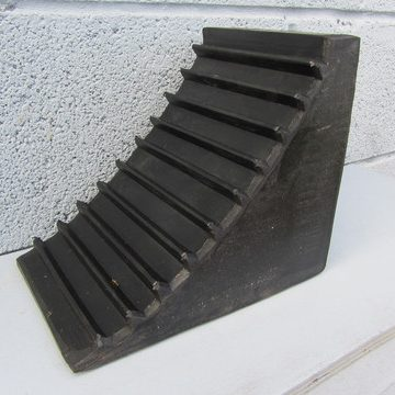black solid wedge chock
