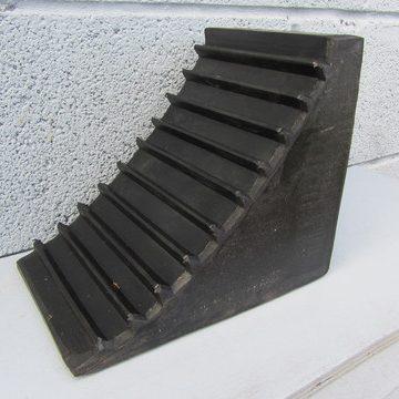 black solid wedge chock