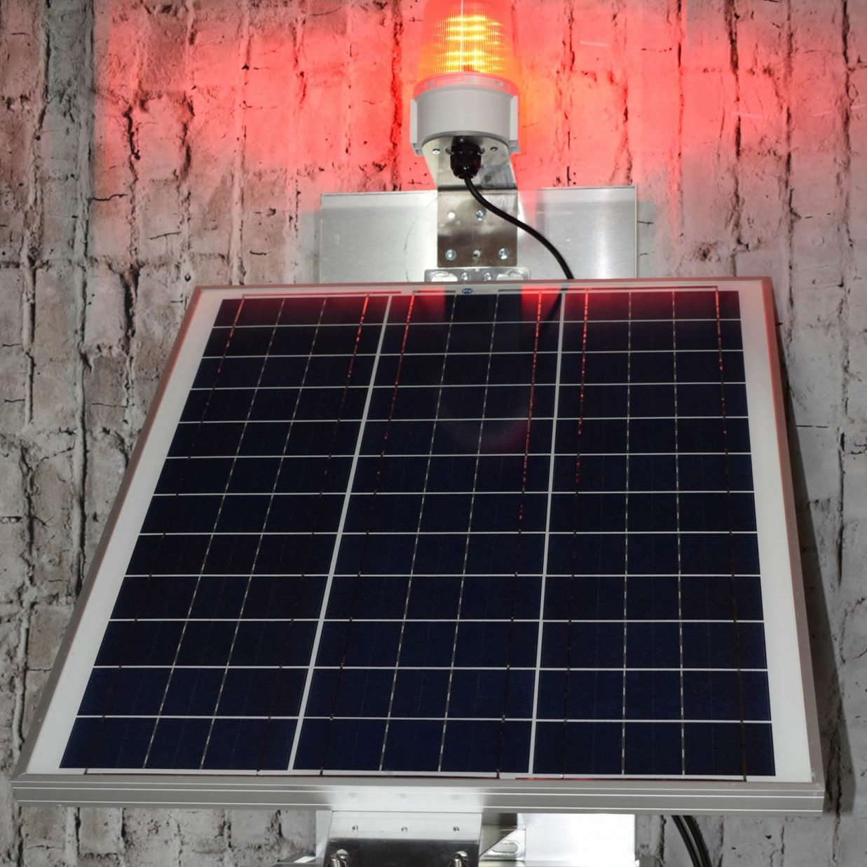 solar pilot activated offgrid lighting
