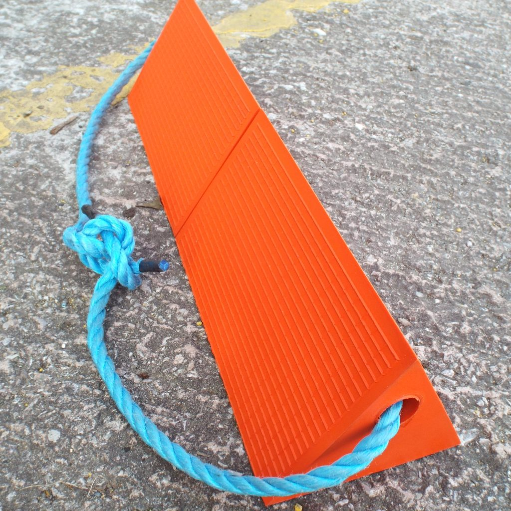 ligthweigth orange pu aircraft chocks