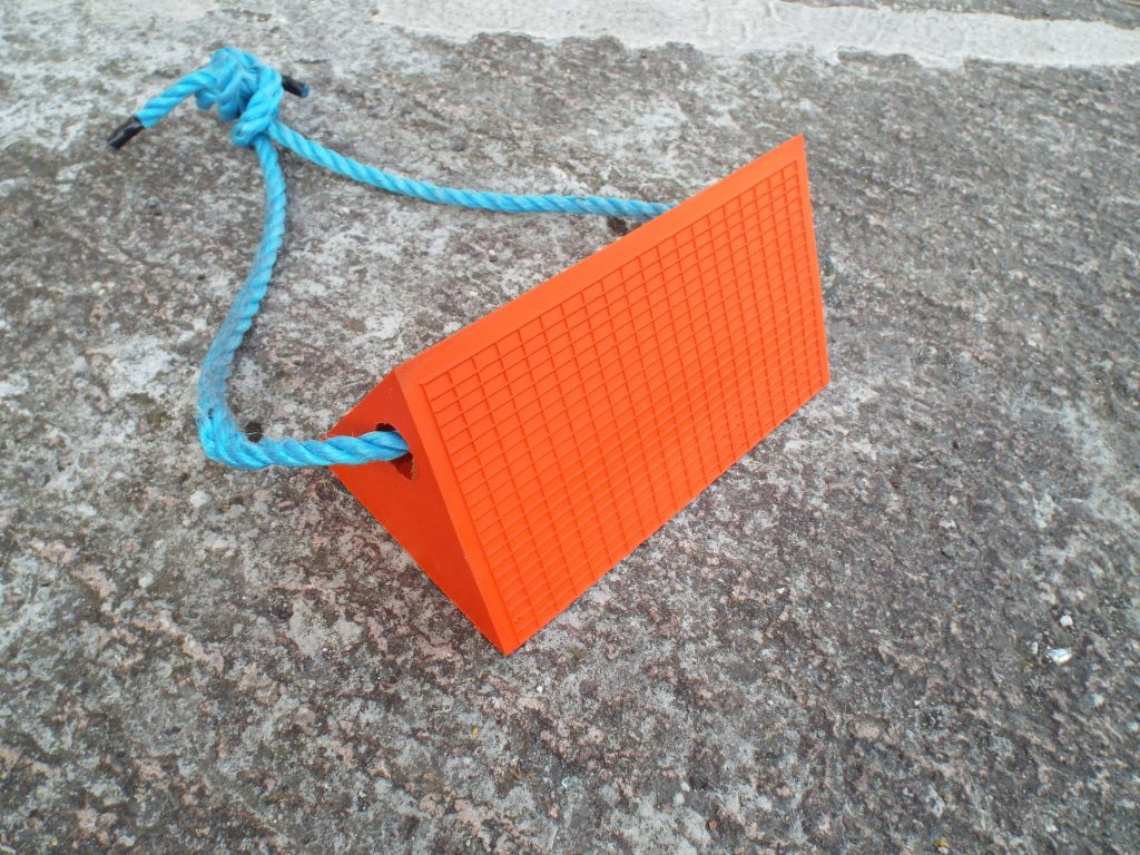orange pu chock with blue rope
