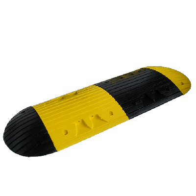 yellow and black interlocking portable speed ramp